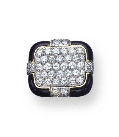 A DIAMOND AND BLACK ENAMEL RIN