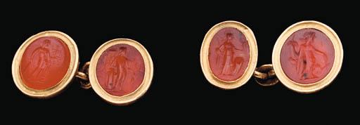 FOUR ROMAN CARNELIAN RING STON