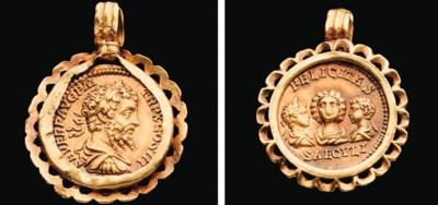 A ROMAN GOLD COIN PENDANT