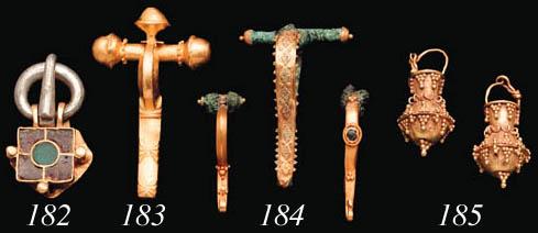 THREE ROMAN GOLD AND BRONZE FI