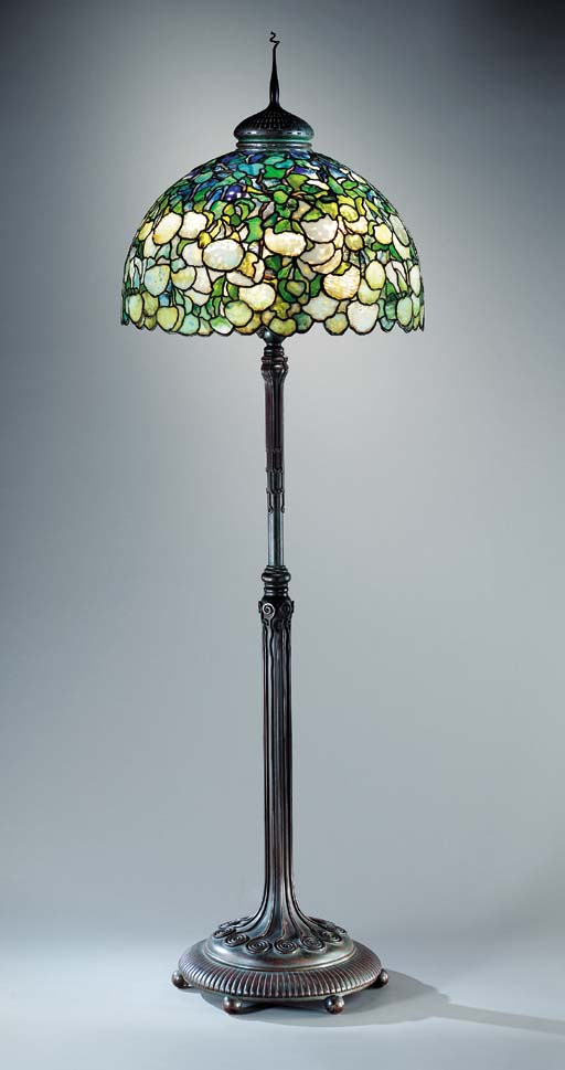 A 'SNOWBALL' LEADED GLASS AND