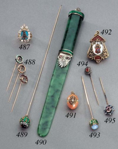 A jewelled gold tie-pin