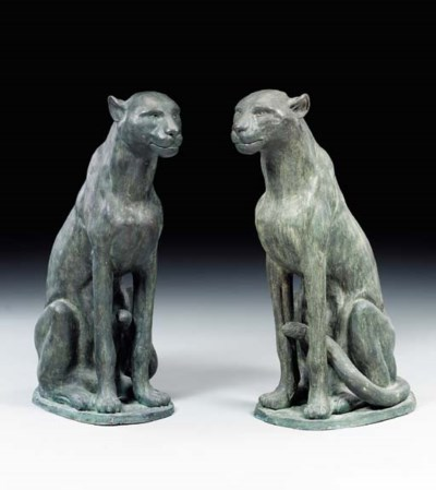 A PAIR OF BRONZE FIGURES OF PA