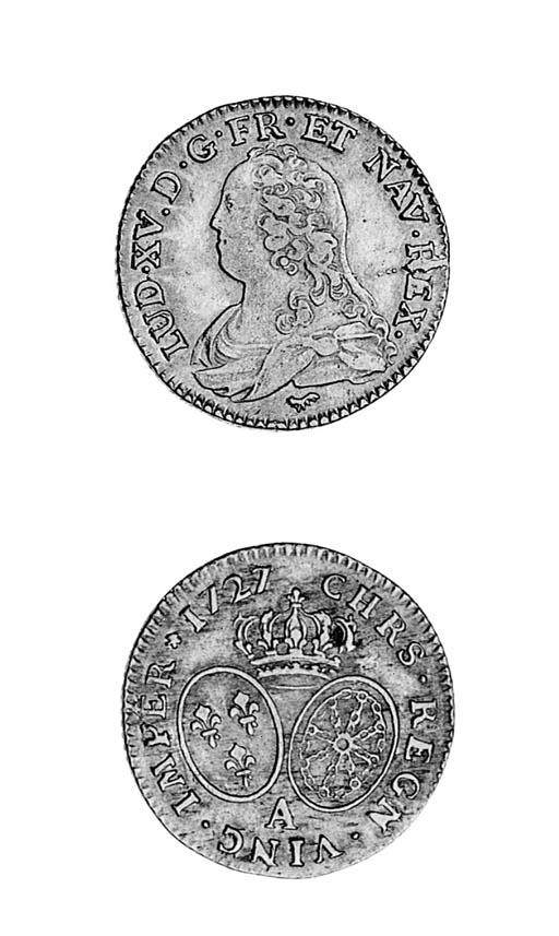 Louis XV, Louis d'or aux lunet
