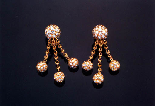 A PAIR OF DIAMOND AND 18K GOLD EAR-PENDANTS, BY CHATILA