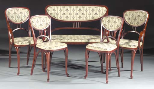 A bentwood drawing room suite