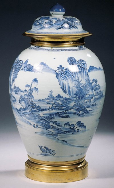 A large blue and white ormolu-