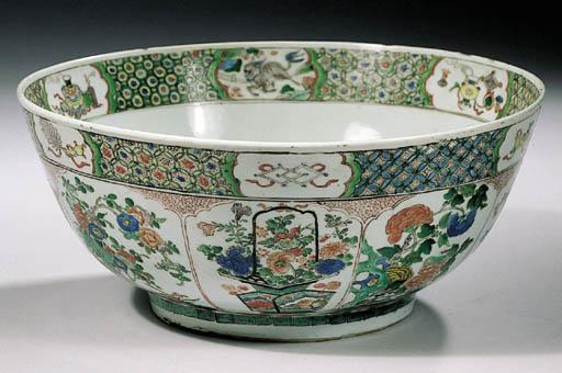 A large famille verte bowl