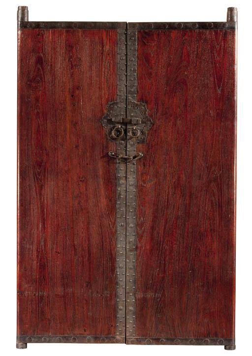 A pair of Shaanxi elmwood door