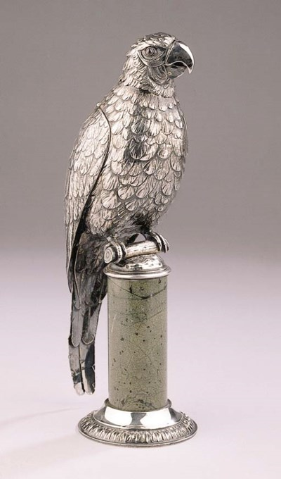 A silver eagle on socle