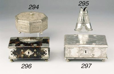 A Dutch Colonial silver leafho