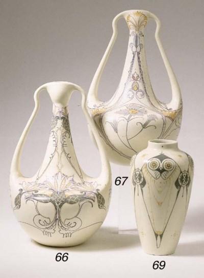 Modelnr. 13, a glazed pottery