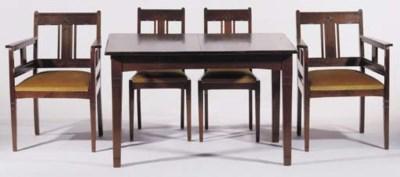 A Nieuwe Kunst dining room set