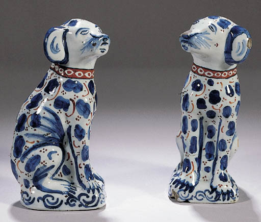 A pair of Dutch Delft seated d