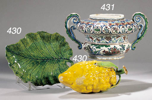 A Dutch delft two-handled chin