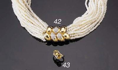 A GOLD CITRINE AND DIAMOND CRO