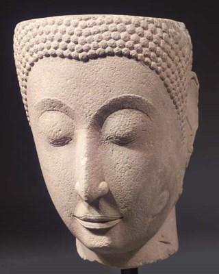 a monumental thai, ayutthaya s
