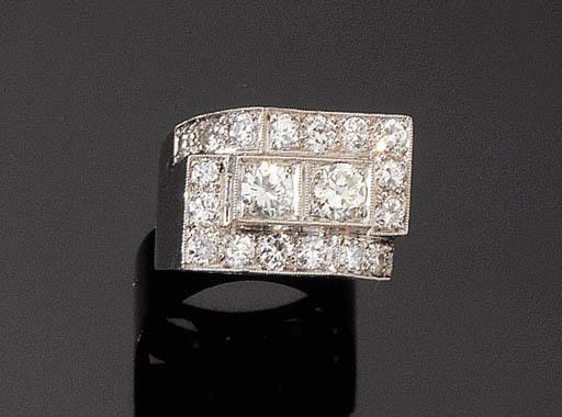 A RETRO DIAMOND RING