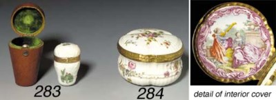A Meissen gold-mounted thimble