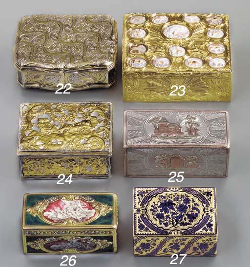 A CONTINENTAL GOLD SNUFF-BOX S