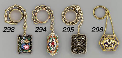 A French enamelled gold vinaig