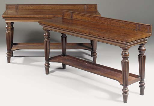 A PAIR OF REGENCY MAHOGANY SER