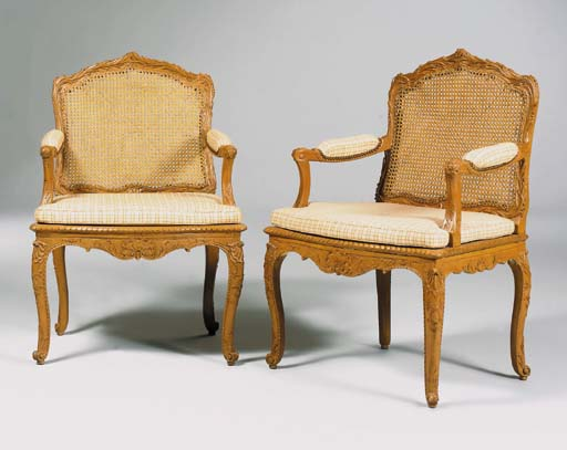 A PAIR OF REGENCE PAINTED-BEEC