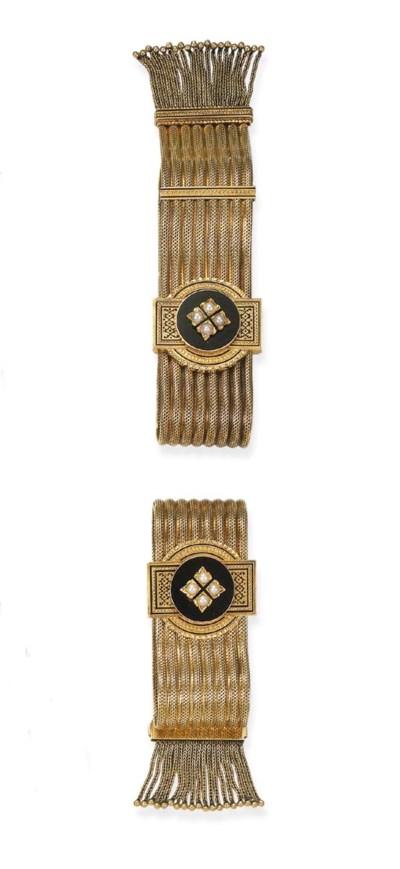 A pair of anqique gold bracele