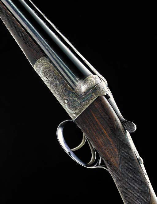 A LIGHTWEIGHT 12-BORE (2¾IN) '