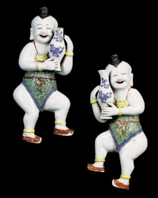 A PAIR OF CHINESE 'LAUGHING BO