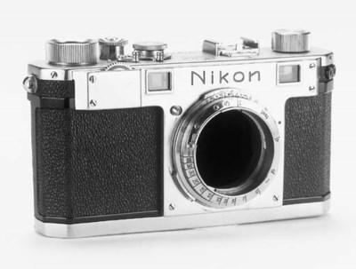 Nikon S no. 6105904