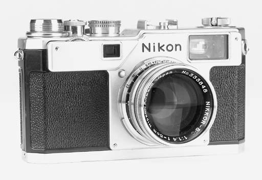 Nikon S4 no. 6501853