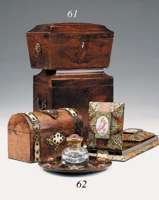 A Regency rosewood tea caddy