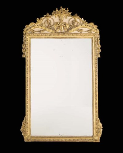 A giltwood mirror, early 19th