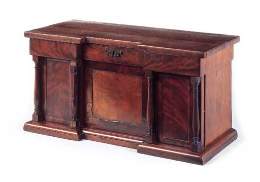 A Victorian mahogany veneered