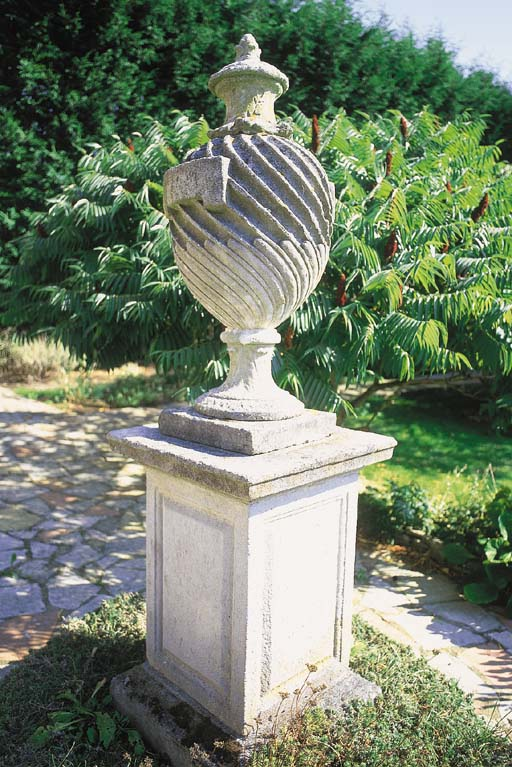 A reconstituted stone urn