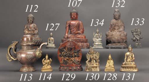 A Tibetan gilt bronze lama 18t