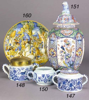 A Delft blue and white two-han