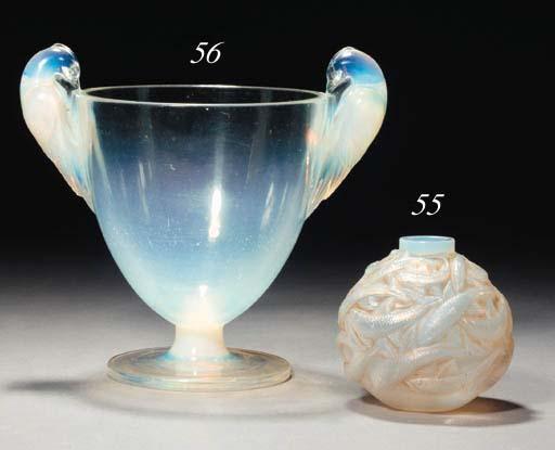 'ORNIS' A LALIQUE GLASS VASE