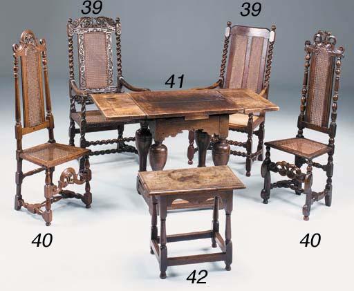 An oak draw leaf table, Dutch,