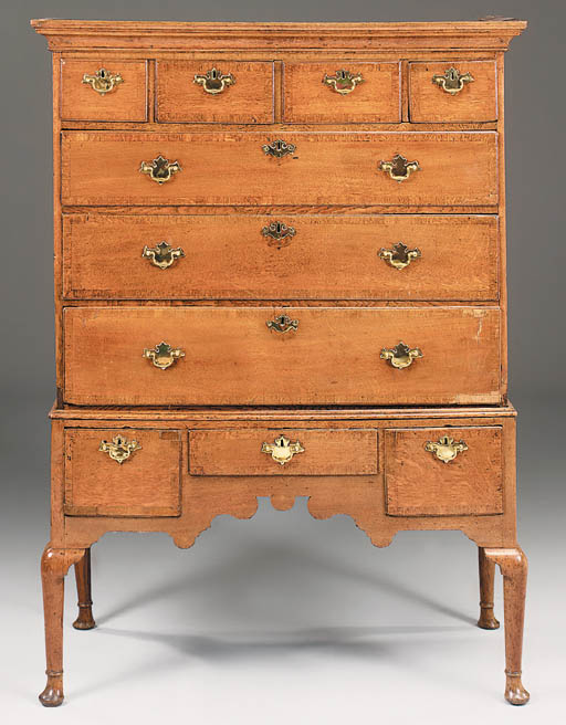 An oak and crossbanded chest o