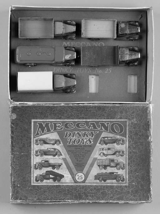 A Dinky pre-war Set No. 25 Com