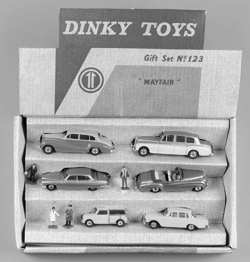 A Dinky Gift Set No. 123