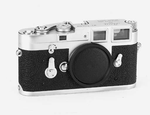 Leica M3 no. 1056039