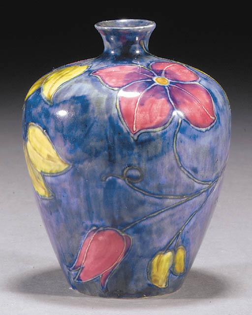 a Morrisware foliate vase