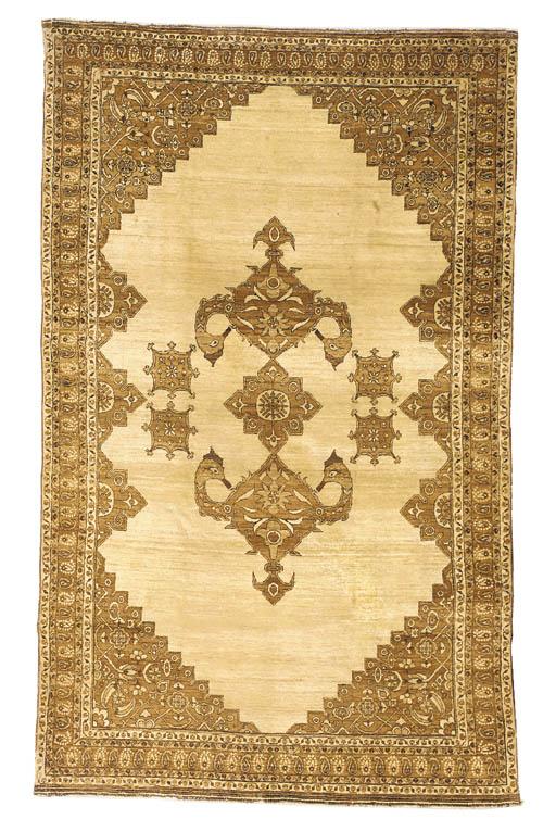 An unusual Serab carpet, North