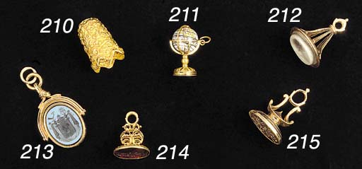 An antique gold fob seal,