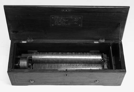 A key-wind musical box by Henr