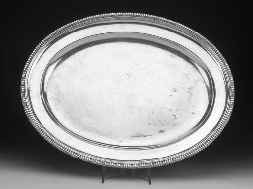A Victorian SILVER meat platte