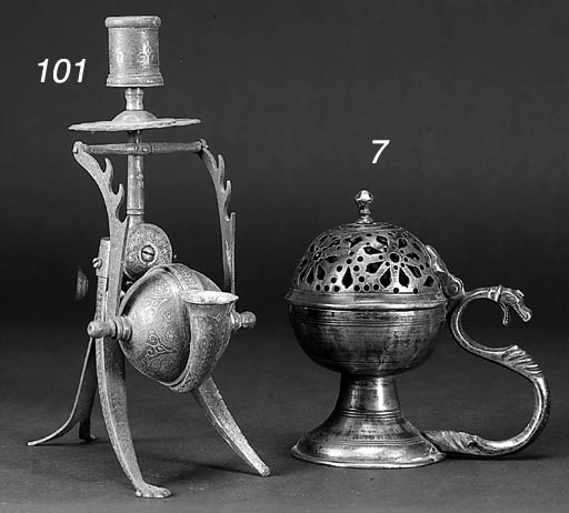 An Ottoman silver snuff box 18
